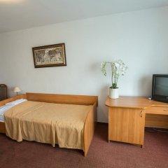 Гостиница Саяны 2* Стандартный номер 2 отдельные кровати фото 2