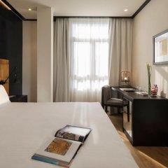 Отель H10 Puerta de Alcalá 4* Стандартный номер с двуспальной кроватью фото 13