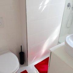 Отель The Sky Dome Испания, Барселона - отзывы, цены и фото номеров - забронировать отель The Sky Dome онлайн ванная