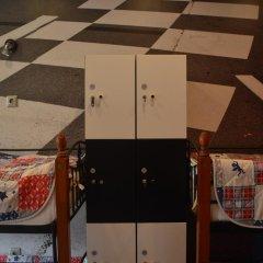 Hostel Racing Paradise Кровать в общем номере с двухъярусной кроватью фото 19