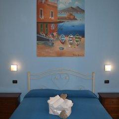 Отель Anna's Family 3* Улучшенный номер с двуспальной кроватью фото 10