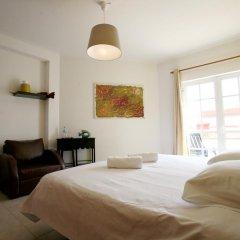 Отель Flow House - Guesthouse Surf Kite Surf School 3* Стандартный номер двуспальная кровать (общая ванная комната)