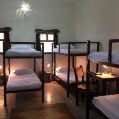 Somewhere Nice - Hostel Кровать в общем номере с двухъярусной кроватью