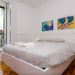 5 Sins Chiado Hostel Стандартный номер с двуспальной кроватью (общая ванная комната) фото 3
