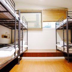 Отель YE'4 Guesthouse 2* Кровать в женском общем номере с двухъярусной кроватью