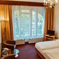 Hotel Meran 3* Стандартный номер с двуспальной кроватью фото 20
