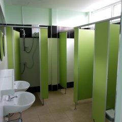 Zen Hostel Mahannop Бангкок ванная