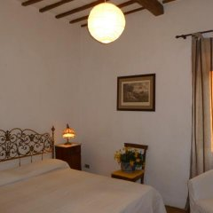 Отель Della Genga La Pieve Suite Сполето комната для гостей фото 5