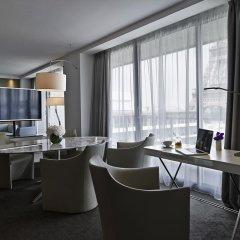 Отель Pullman Paris Tour Eiffel 4* Люкс разные типы кроватей фото 3