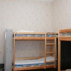 Гостиница Happy House Кровать в мужском общем номере с двухъярусной кроватью фото 7
