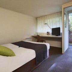 Отель Kyriad PARIS NORD Ecouen La Croix Verte комната для гостей фото 3