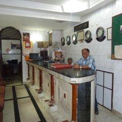 Отель Sahara International Deluxe Индия, Нью-Дели - отзывы, цены и фото номеров - забронировать отель Sahara International Deluxe онлайн интерьер отеля фото 2
