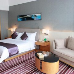Huaqiang Plaza Hotel Shenzhen 4* Номер Делюкс с различными типами кроватей фото 5