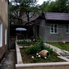 Отель Guest House Usanoghakan Армения, Дилижан - отзывы, цены и фото номеров - забронировать отель Guest House Usanoghakan онлайн фото 3