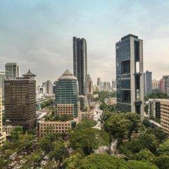 Four Seasons Hotel Singapore 5* Номер Делюкс с двуспальной кроватью