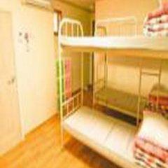 Отель Kimchee Hongdae Guesthouse Стандартный номер с различными типами кроватей фото 7