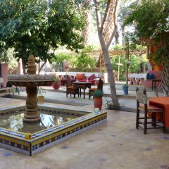 Отель Riad Tabhirte питание