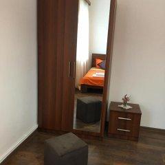 Отель Family & Friends Guest house Стандартный номер разные типы кроватей фото 2