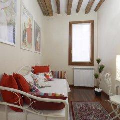 Отель Domus Dea Италия, Венеция - отзывы, цены и фото номеров - забронировать отель Domus Dea онлайн комната для гостей фото 2