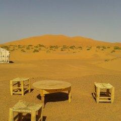 Отель Night Desert Camp Марокко, Мерзуга - отзывы, цены и фото номеров - забронировать отель Night Desert Camp онлайн балкон