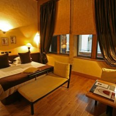 Cour Des Loges Hotel 5* Улучшенный номер с различными типами кроватей фото 7