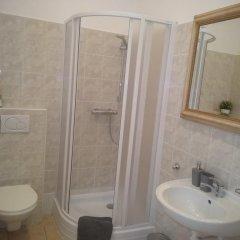 Отель DoMo Apartments Чехия, Прага - отзывы, цены и фото номеров - забронировать отель DoMo Apartments онлайн ванная