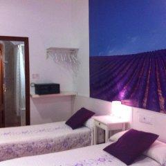 Отель Hostal Comercial Стандартный номер с различными типами кроватей фото 2