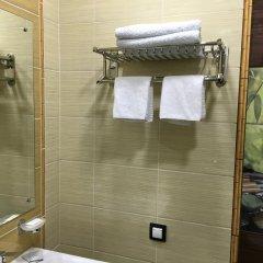 Гостиница Postoyaliy Dvor Inn в Уссурийске отзывы, цены и фото номеров - забронировать гостиницу Postoyaliy Dvor Inn онлайн Уссурийск ванная