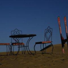 Отель Sandfish Марокко, Мерзуга - отзывы, цены и фото номеров - забронировать отель Sandfish онлайн спортивное сооружение