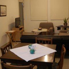 Апартаменты Byreva Apartments комната для гостей фото 2