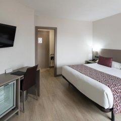 Отель Catalonia Park Güell 3* Номер категории Премиум с различными типами кроватей фото 7