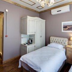 Отель Loka Suites комната для гостей