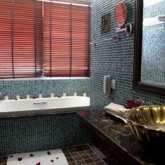 Golden Lotus Luxury Hotel 3* Номер Делюкс с различными типами кроватей фото 4