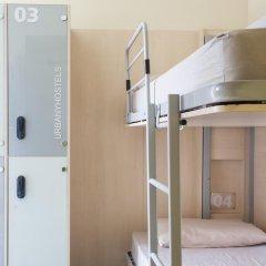 Barcelona Urbany Hostel Стандартный номер с различными типами кроватей фото 2