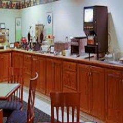 Отель Country Inn & Suites by Radisson, Lancaster (Amish Country), PA питание фото 2