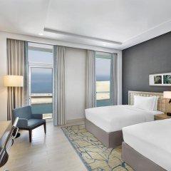 Отель DoubleTree by Hilton Dubai Jumeirah Beach 4* Люкс с различными типами кроватей фото 4