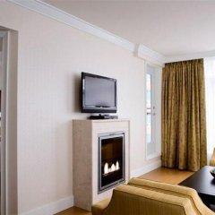 Отель L'Hermitage Hotel Канада, Ванкувер - отзывы, цены и фото номеров - забронировать отель L'Hermitage Hotel онлайн удобства в номере