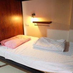 Dengba Hostel Phuket Кровать в женском общем номере с двухъярусной кроватью фото 3