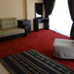 Лазурь Бич Отель комната для гостей фото 4