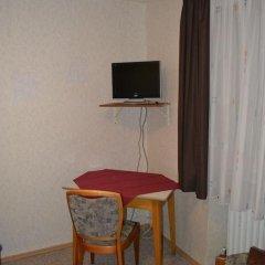 Hotel Walfisch 2* Стандартный номер с различными типами кроватей фото 9