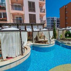 Отель Romance Marine Aparthotel бассейн
