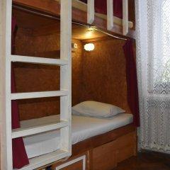 Хостел Fight night (закрыт) Кровать в общем номере с двухъярусными кроватями фото 4