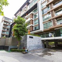 Отель Urban Condominium парковка