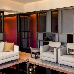 NH Collection Amsterdam Grand Hotel Krasnapolsky 5* Улучшенный номер с двуспальной кроватью фото 9