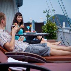 Отель Halong Golden Lotus Cruise бассейн фото 2