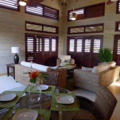 Отель Coral Beach Village Resort Гондурас, Остров Утила - отзывы, цены и фото номеров - забронировать отель Coral Beach Village Resort онлайн питание