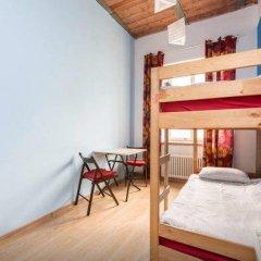 Хостел Ура рядом с Казанским Собором Номер с общей ванной комнатой с различными типами кроватей (общая ванная комната) фото 38