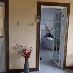 Отель Cazwin Villas Ямайка, Монтего-Бей - отзывы, цены и фото номеров - забронировать отель Cazwin Villas онлайн спа