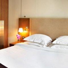 Radisson Blu Hotel Champs Elysées, Paris 5* Номер Делюкс с различными типами кроватей фото 8