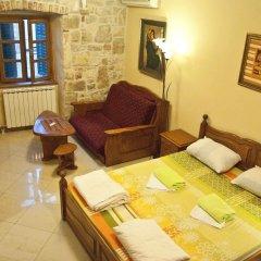 Hostel Old Town Kotor Номер Комфорт с различными типами кроватей фото 2